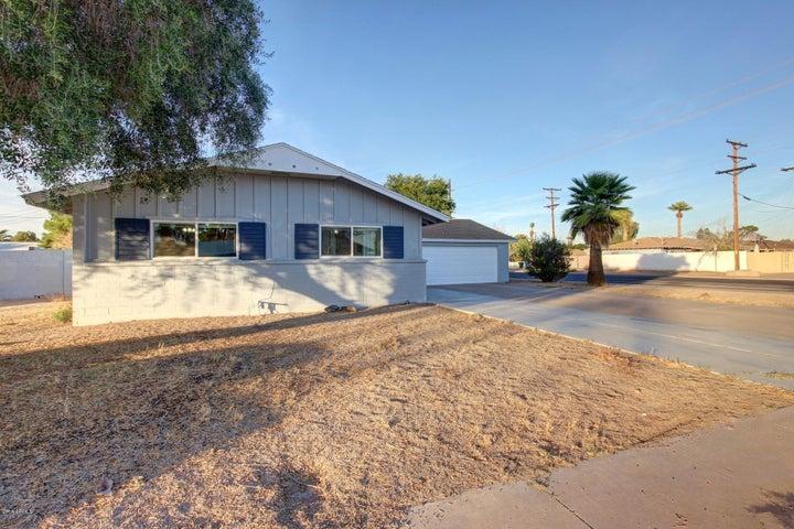 3902 W STATE Avenue, Phoenix, AZ 85051