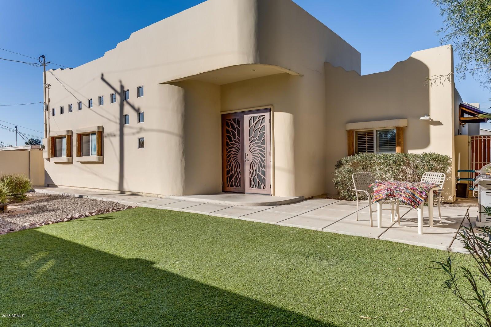 4535 E GLENROSA Avenue, Phoenix, AZ 85018