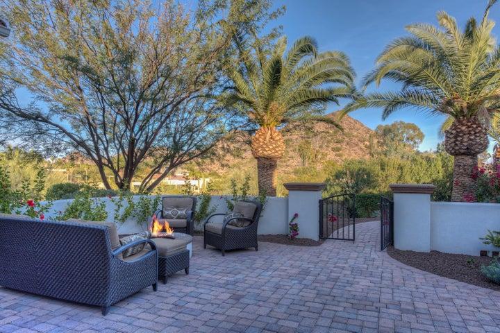 7120 N Quartz Mountain Road, Paradise Valley, AZ 85253