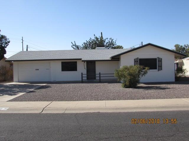 Front view of 12208 N Hacienda Drive.