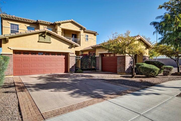 2140 E CALDWELL Street, Phoenix, AZ 85042