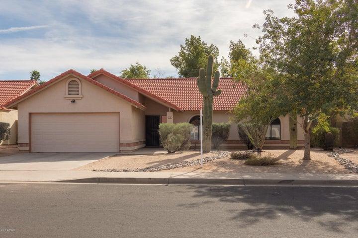 5819 E ELLIS Street, Mesa, AZ 85205