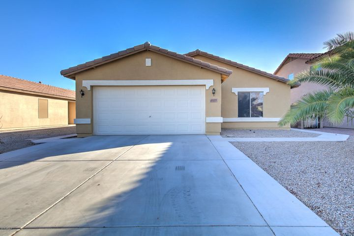 42431 W DESERT FAIRWAYS Drive, Maricopa, AZ 85138