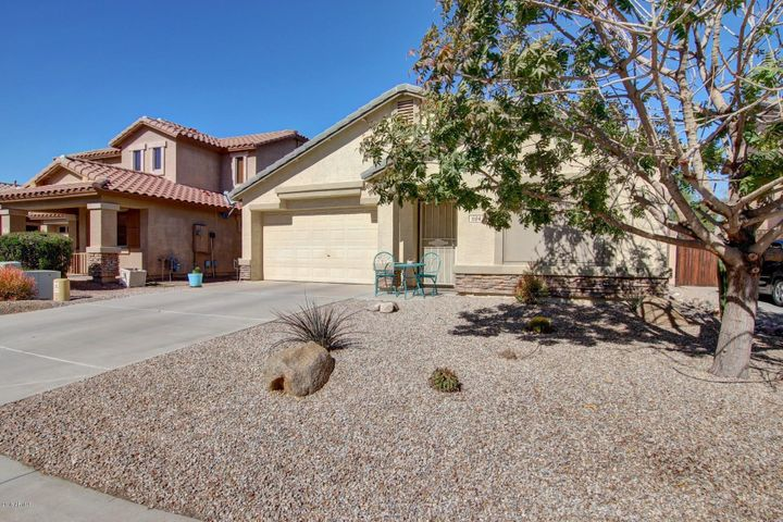 1104 E TAYLOR Trail, San Tan Valley, AZ 85143