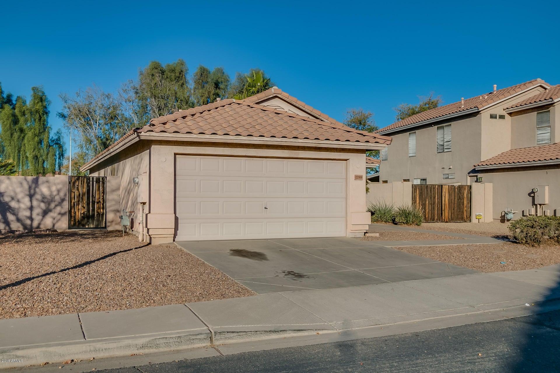 2288 S SEAN Drive, Chandler, AZ 85286