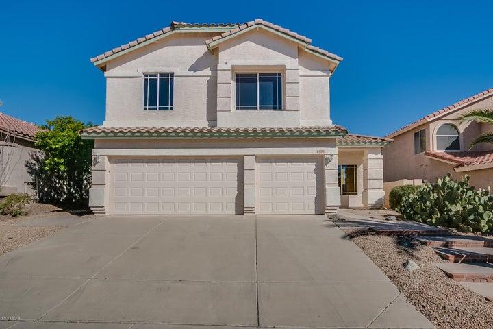 1026 E HIDDENVIEW Drive, Phoenix, AZ 85048