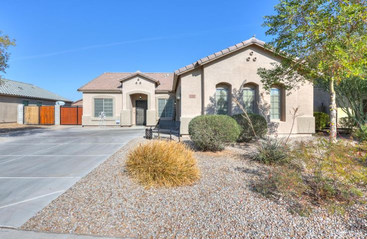 752 W BARRUS Drive, Casa Grande, AZ 85122