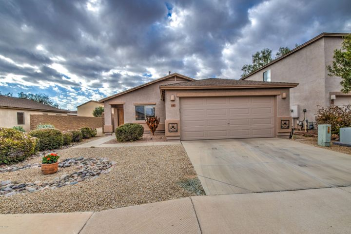 1985 E DUST DEVIL Drive, San Tan Valley, AZ 85143