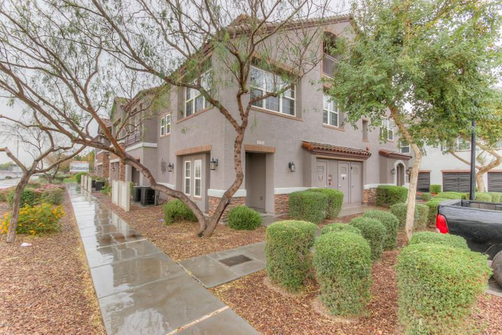 2233 E Huntington Drive, Phoenix, AZ 85040