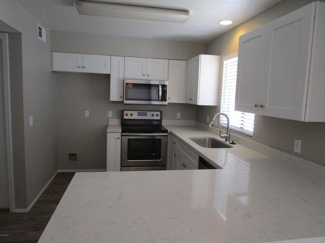 16741 E WESTBY Drive, 102, Fountain Hills, AZ 85268