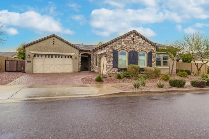 7814 S 29th Place, Phoenix, AZ 85042