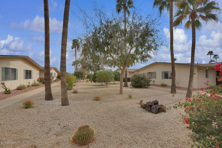 19637 N STAR RIDGE Drive, Sun City West, AZ 85375