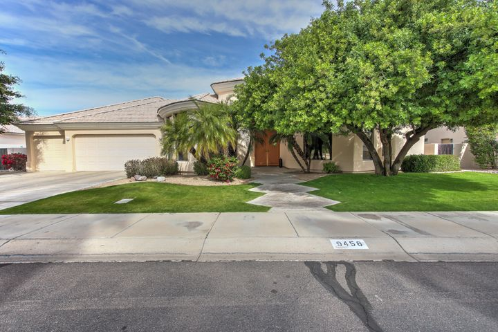 9458 E SHANGRI LA Road, Scottsdale, AZ 85260