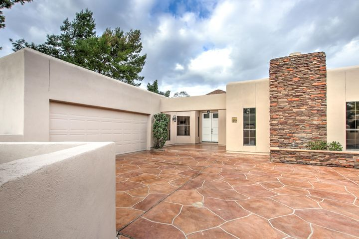 2737 E ARIZONA BILTMORE Circle, 29, Phoenix, AZ 85016