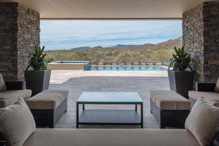 9489 E CELESTIAL Drive, Scottsdale, AZ 85262
