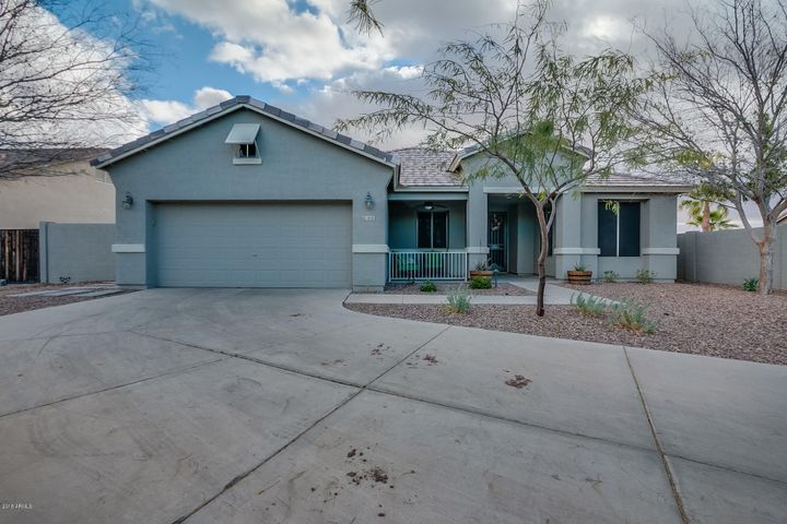 1300 E FERRARA Court, San Tan Valley, AZ 85140