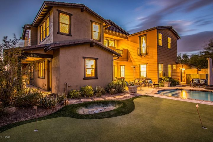 Exquisite Backyard Oasis