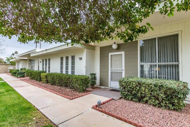 14206 N NEWCASTLE Drive, Sun City, AZ 85351