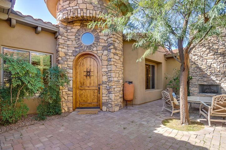 Front Courtyard - Entrance to Home