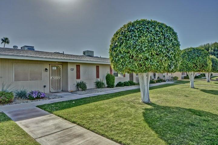 13689 N GARDEN COURT Drive E, Sun City, AZ 85351