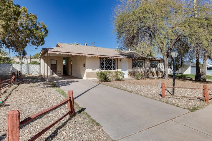 7414 E MORELAND Street, Scottsdale, AZ 85257