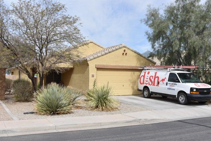37484 W AMALFI Avenue, Maricopa, AZ 85138