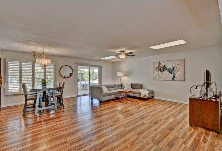 17432 N LINDGREN Avenue, Sun City, AZ 85373