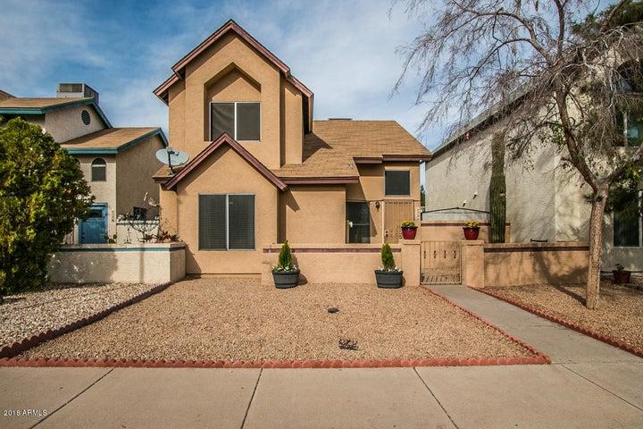 6736 W KINGS Avenue, Peoria, AZ 85382