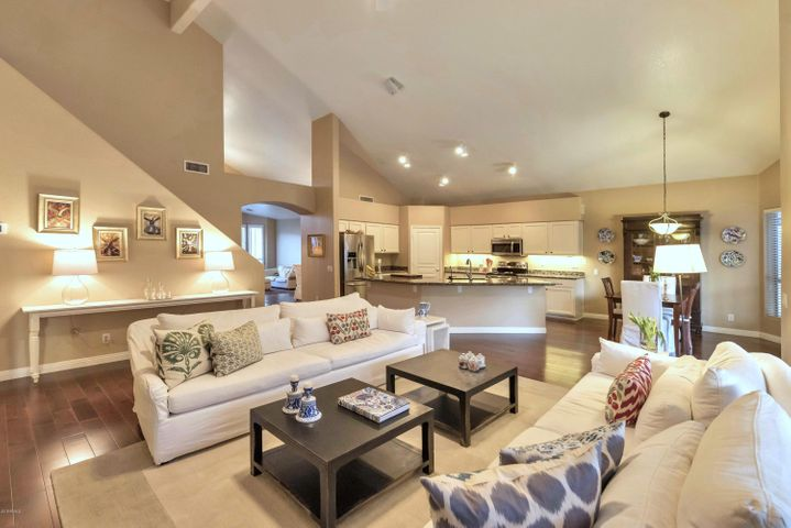 1147 E COTTONWOOD Lane, Phoenix, AZ 85048