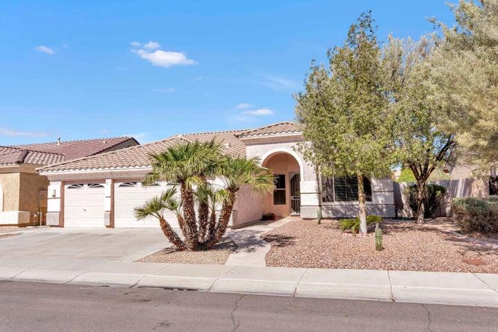 2304 E DETROIT Street, Chandler, AZ 85225