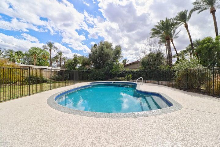 1437 E MARYLAND Avenue, Phoenix, AZ 85014