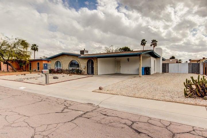 4911 W BEVERLY Lane, Glendale, AZ 85306