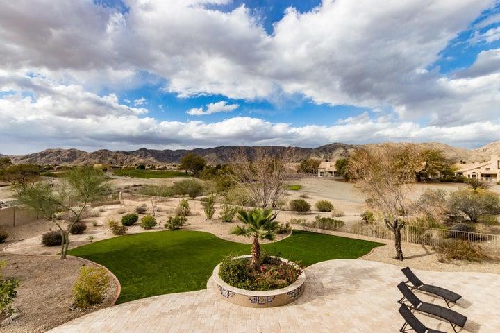 174 W NIGHTHAWK Way, Phoenix, AZ 85045
