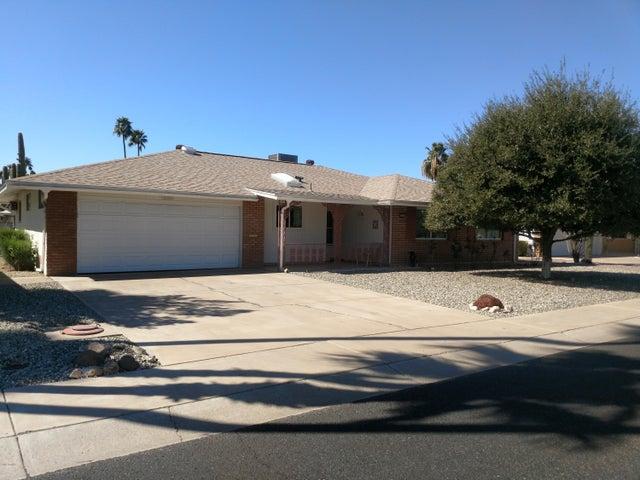 10910 W SARATOGA Circle, Sun City, AZ 85351