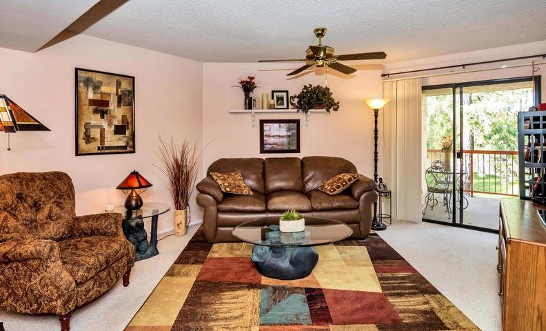 9340 N 92ND Street, 211, Scottsdale, AZ 85258