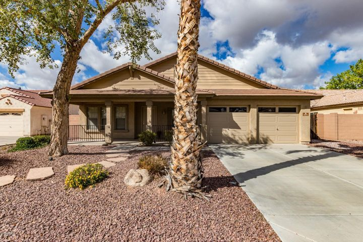 3074 S MARTINGALE Road, Gilbert, AZ 85295