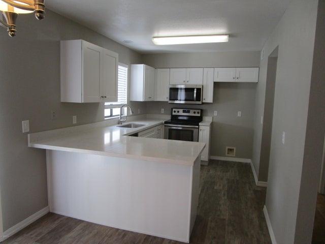 16741 E WESTBY Drive, 101, Fountain Hills, AZ 85268