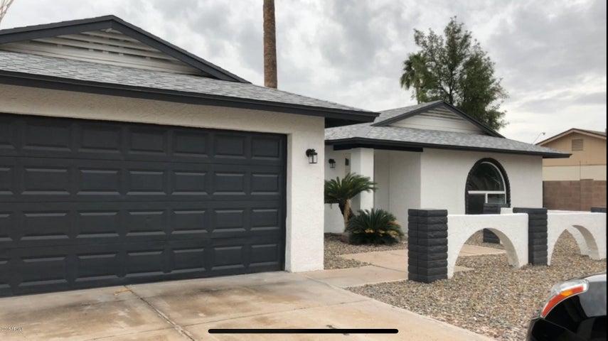 4817 E ACOMA Drive, Scottsdale, AZ 85254