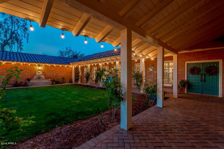 Front Entry Gated Courtyard