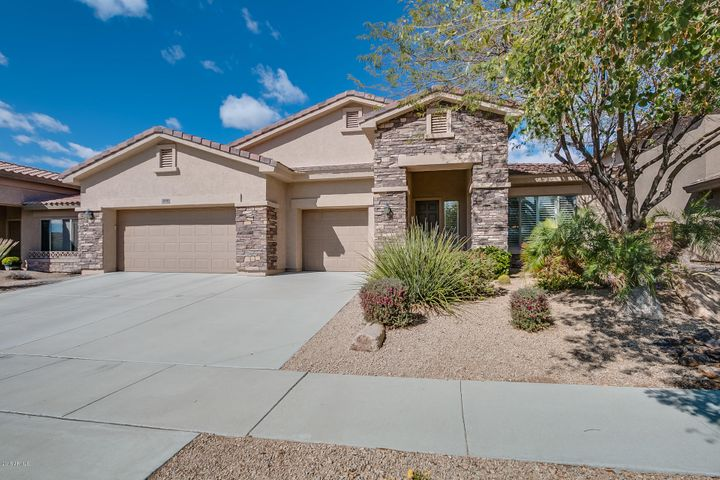 2410 W BARBIE Lane, Phoenix, AZ 85085