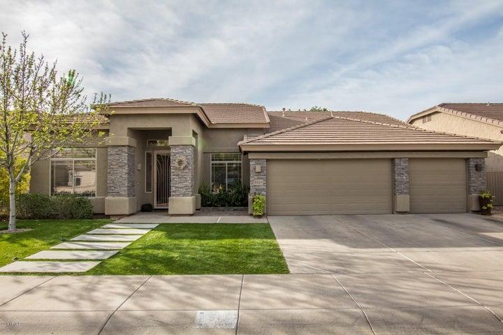 5135 E Villa Rita Drive, Scottsdale, AZ 85254