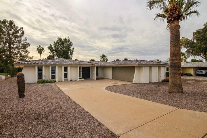 608 S Revolta Circle, Mesa, AZ 85208