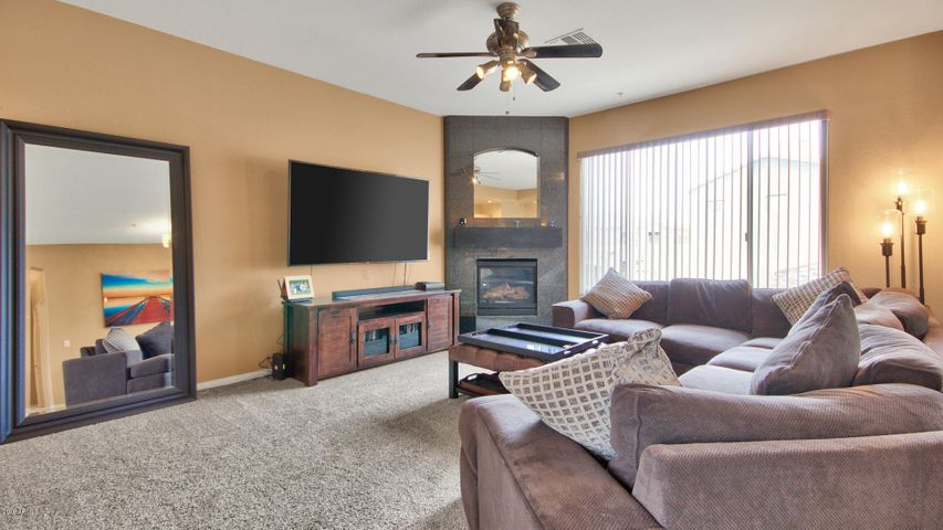 19475 N GRAYHAWK Drive, 2144, Scottsdale, AZ 85255