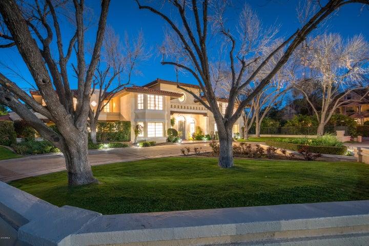 116 W Orangewood Avenue, Phoenix, AZ 85021