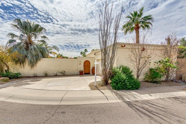 7271 E HARMONT Drive, Scottsdale, AZ 85258