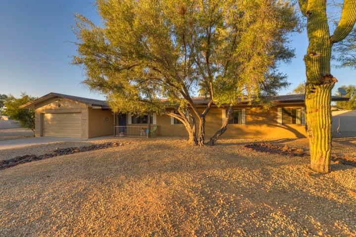 4420 E MICHELLE Drive, Phoenix, AZ 85032