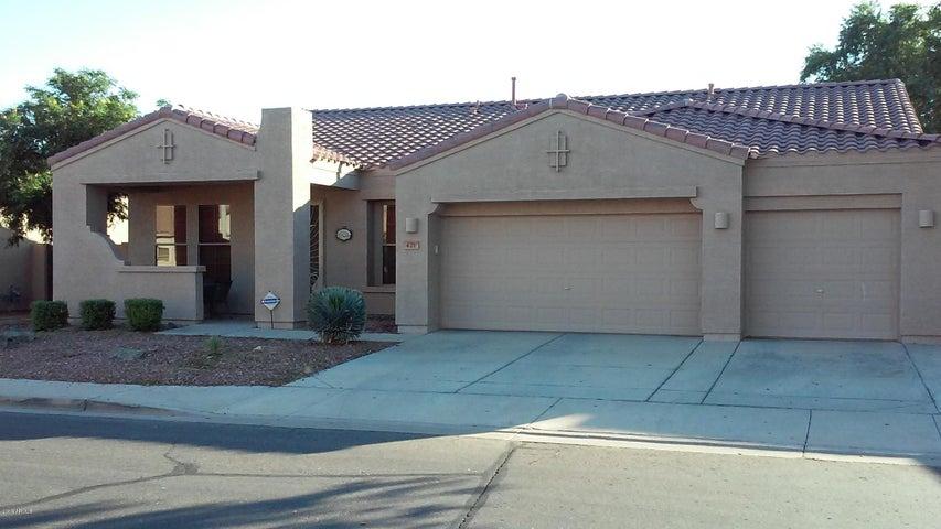 421 W LOCUST Drive, Chandler, AZ 85248