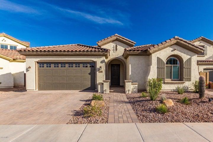 1820 E HORSESHOE Drive, Chandler, AZ 85249