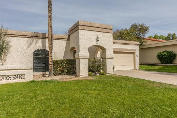 10530 E TOPAZ Circle, Scottsdale, AZ 85258