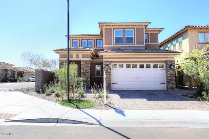 Welcome home to Sanctuary at Desert Ridge.